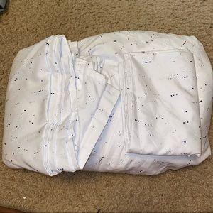 Twin xl white sheet set